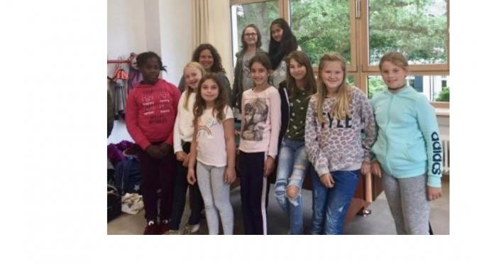 Ganztag im Blitzlicht: Mädchenclub